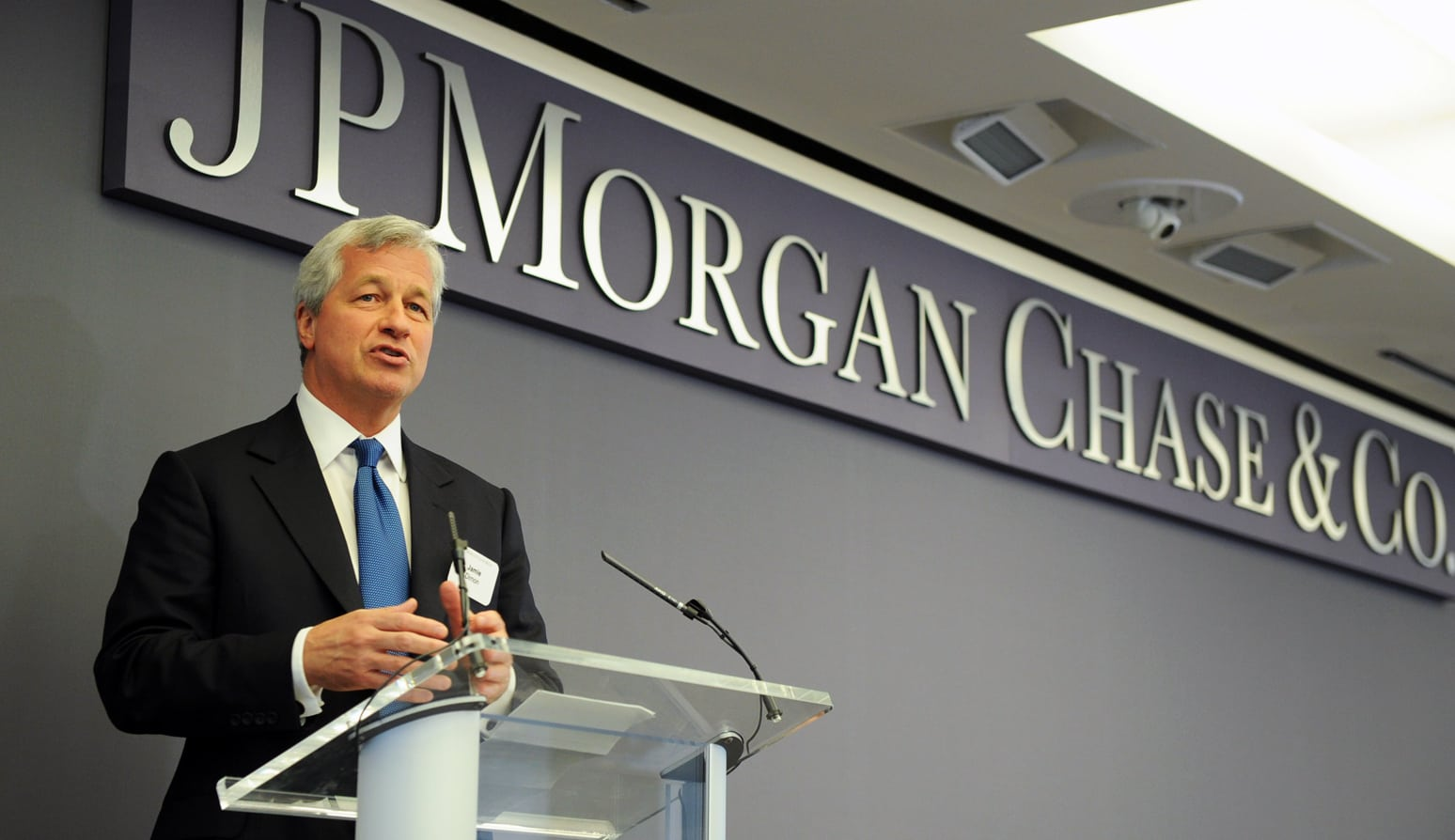 ap317009074002 - JP Morgan CIO Lori Beer Says That Blockchain Will Replace Existing Technology