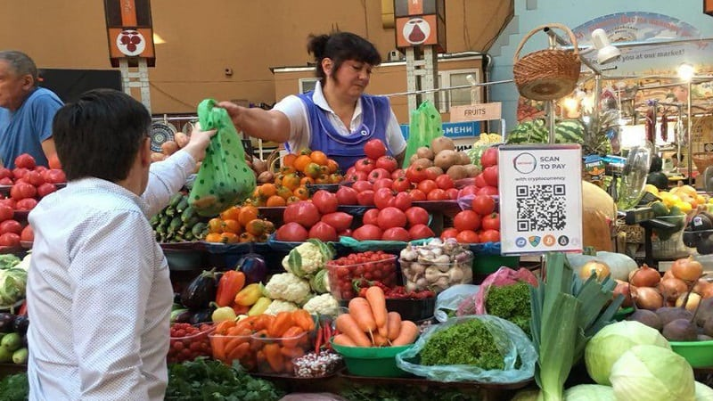 crypto paytomat ukraine - Cryptocurrency Adoption: Ukrainians Can Now Use Cryptos To Pay for Fruits and Vegetables via Paytomat