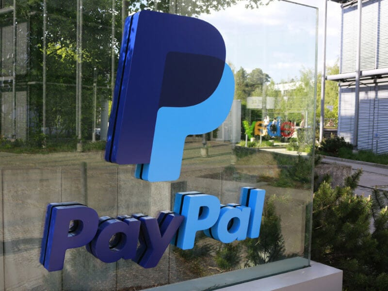shutterstock 655382365 paypal 800x600 - Coinbase Quietly Adds Free PayPal Withdrawal Option For Fiat Currencies For The US, EU, And Canada Users