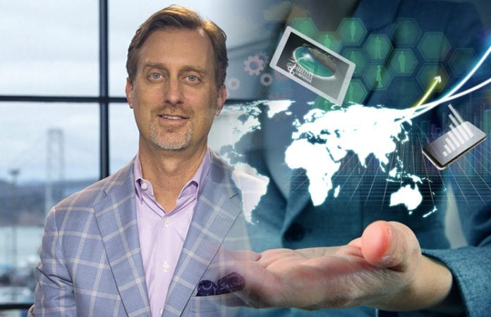 Cory Johnson says hidden technology for the consumer is not the concern final 696x449 - Ripple Says Farewell To Chief Market Strategist Cory Johnson