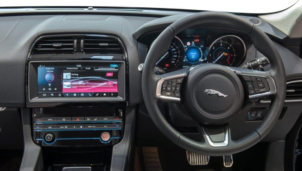 1 mmAHxmB2hr 8GUfrINYzvA 1024x580 - Jaguar Land Rover Offers Crypto Rewards in IOTA