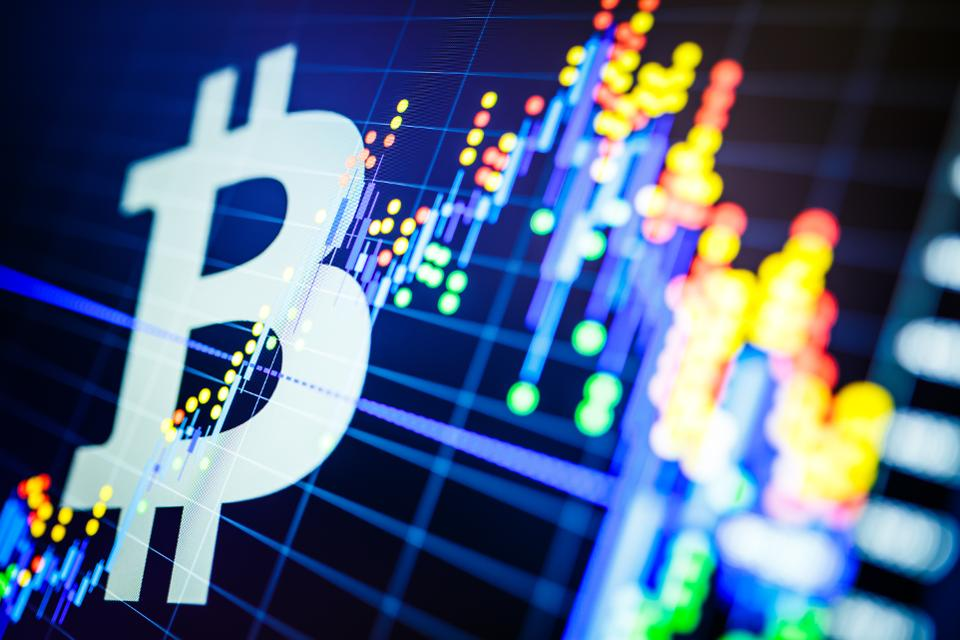 960x0 - Bitcoin Struggles Above $9,500 - 2 BTC Predictions For The Week