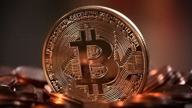 Bitcoin BTC - Bitcoin Warning: Devastating BTC Prediction Surfaces - Massive Correction Around The Corner